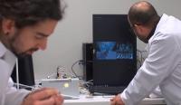 Эрдэмтэд хүний үснээс 50 дахин нимгэн эрүүл мэндийн мэдрэгчийг бүтээжээ