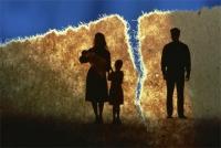 Гэр бүлийн гадуурх харилцаанаас болж 12000 хос салах өргөдлөө гаргажээ