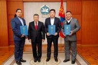 """""""Монгол төрийн айзам уртын дуу"""" хүндэтгэлийн ёслолд оролцсон уран бүтээлчдэд талархал илэрхийлэв"""