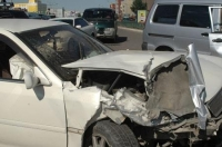 Насанд хүрээгүй хүүхэд машин жолоодож яваад осол гаргажээ