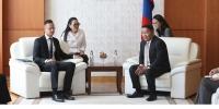 Унгар улсын Гадаад хэрэг, худалдааны сайд Петер Сияяарто Монгол Улсын Ерөнхийлөгчид бараалхлаа