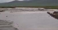 Дархан Улаанбаатар чиглэлийн түр зам үерт автлаа