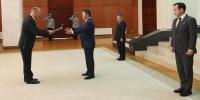 Онц бөгөөд Бүрэн эрхт Элчин сайд Ёорн Розенберг Итгэмжлэх жуух бичгээ өргөн барилаа