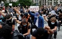 Л.Бямбаханд: АНУ-д болсон тэмцэл ардчиллын сөрөг талыг харуулж байна
